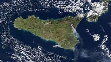 Вулканът Етна се активизира
