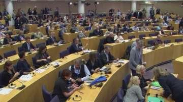Може да сменят двама кандидати за еврокомисари заради конфликт на интереси