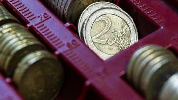 Най-оптимистичният срок за приемане на еврото е 1 януари 2022 година