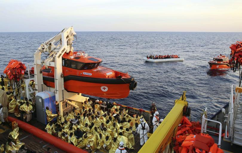снимка 1 Германия обмисля да връща в Африка мигрантите, преминали Средиземно море