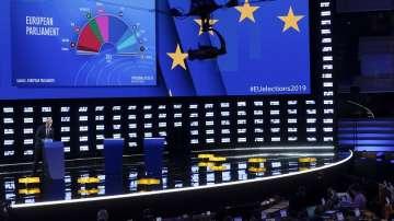 ЕНП и социалистите губят места, но остават първа и втора политическа сила в ЕП