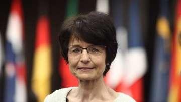 Еврокомисар Тисен : ЕК  ще продължи да инвестира в хората