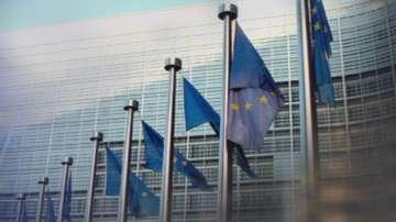 ЕК ще анализира бюджета на Франция до пролетта на 2019 г.
