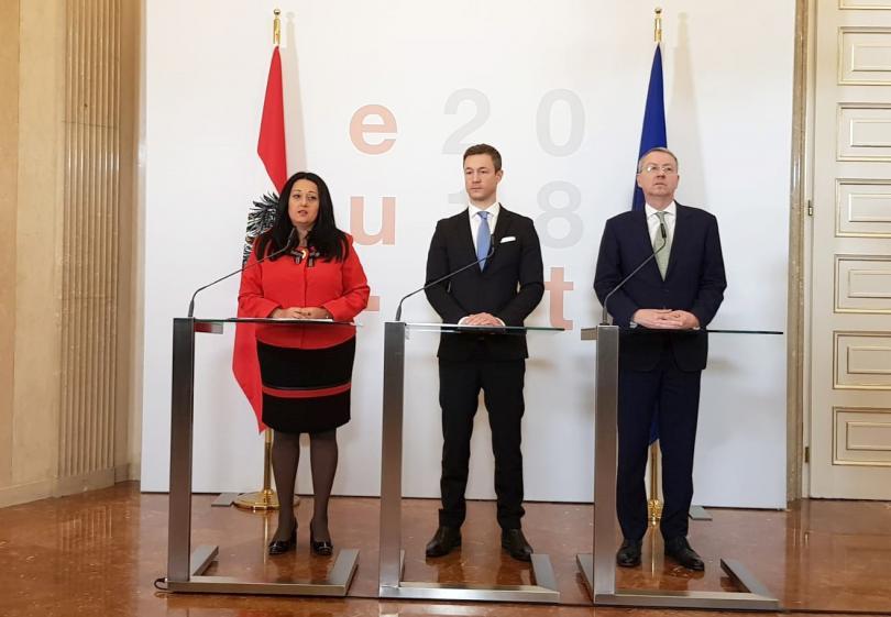 На заключителна среща във Виена министрите по Европредседателствата на така