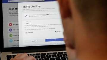 Фейсбук е поискал финансова информация за клиентите на големи американски банки