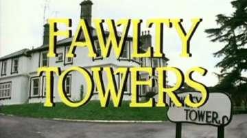 Фолти Тауърс е любимият комедиен сериал на британските комици