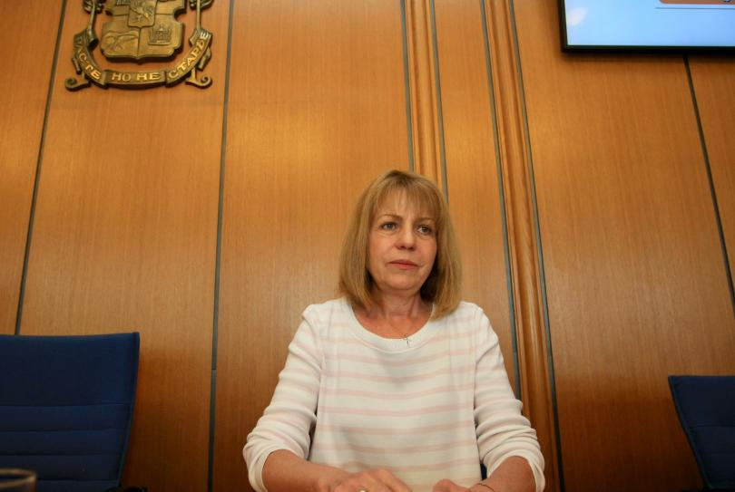Столичният общински съвет обсъжда предложение на кмета Йорданка Фандъкова четири