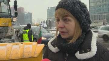 Йорданка Фандъкова нареди да започне извозване на снега в столицата