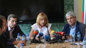Вдигат ежегодно с 10% заплатите на служителите в градския транспорт на София