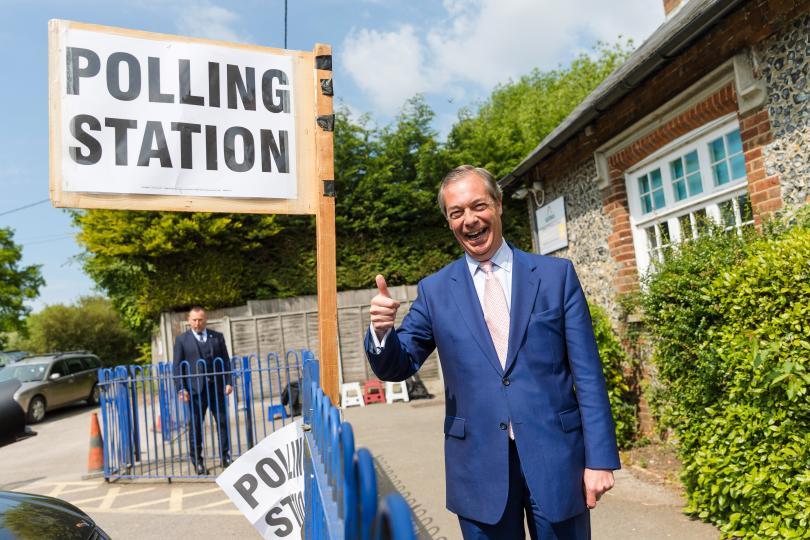 На днешната първа възможна дата за изборите за Европарламента, гласуват