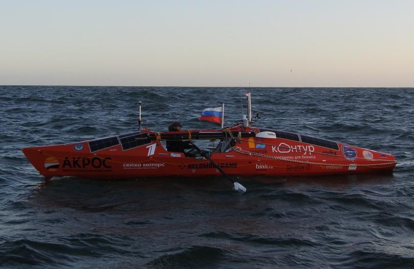 руснак успя прекоси половината южния пасифик 100 дни