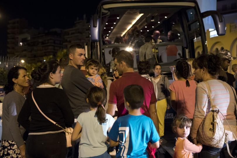 снимка 4 Пожар пламна на гръцки ферибот, няма данни за жертви и пострадали (СНИМКИ)