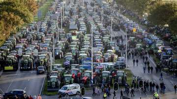 Фермери блокираха магистралите в Нидерландия
