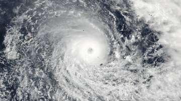Расте броят на жертвите от циклона Уинстън