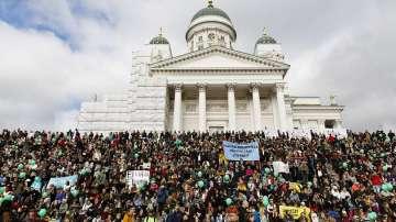 Ще сработи ли планираният от Финландия гарантиран доход от 560 евро на човек?