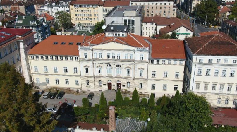 Софийският университет отделя 234 000 лева за доизграждане на западното