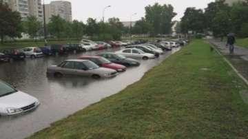 Обилни валежи и бурни ветрове в Централна Европа