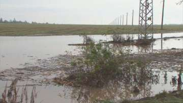 Свлачища и наводнени къщи след дъждовете в Североизточна България