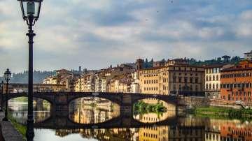 Глоба до 500 евро, ако се храниш на улицата в историческия център на Флоренция