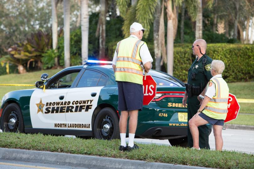 Във Флорида ученици и родители се обявиха за по-строг контрол