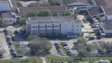 Най-малко 20 души са ранени при стрелба в училище във Флорида