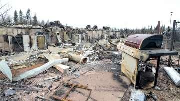Потушиха пожара в канадския град Форт Макмъри