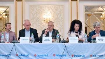 Дебат за сближаване на заплатите в Европа
