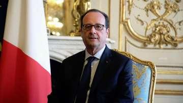 Президентът Франсоа Оланд заяви, че ще гласува за Еманюел Макрон на втория тур