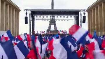 Петимата водещи кандидати за президент на Франция в пряк тв дебат тази вечер