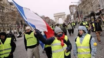 Франция се готви днес за нови масови протести на жълтите жилетки