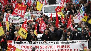 11-ти ден Франция е парализирана от стачка