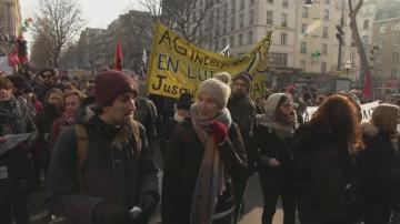 Седми ден на масови демонстрации във Франция