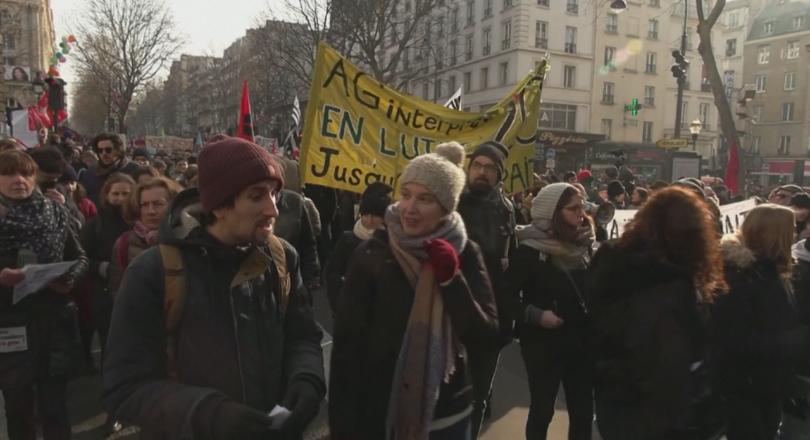 Във Франция измина нов ден под знака на пенсионната реформа.