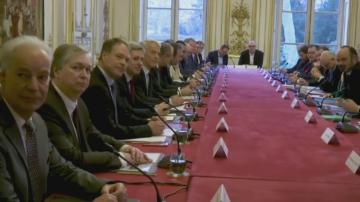 Пенсионната реформа на Макрон влезе за обсъждане в парламента