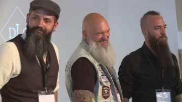 Шампионат за бради в Париж