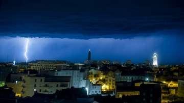 170 000 домакинства във Франция останаха без ток
