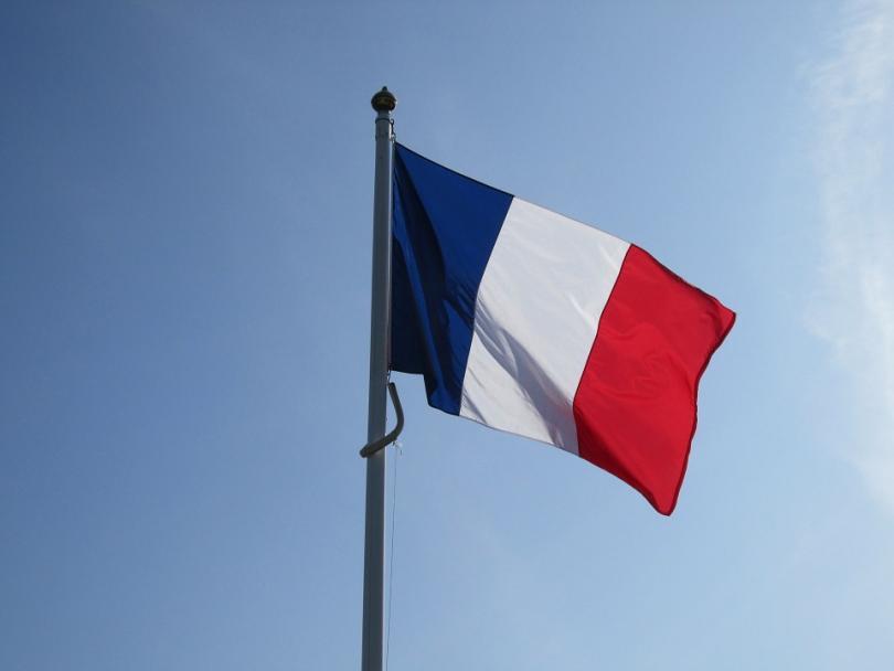 Евакуираха хиляди заради пожар във Франция