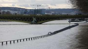 Реки във Франция продължиха да прииждат