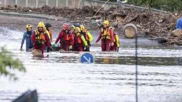 Бури и наводнения в части от Западна Европа