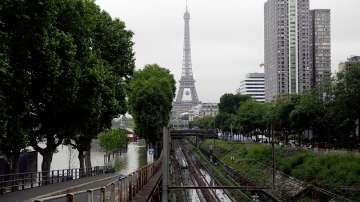 Жертви и ранени след наводненията във Франция, нивото на Сена спадна
