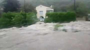 Наводнения и бури във Франция и Германия