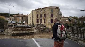 Френските власти обявиха код червено заради наводненията