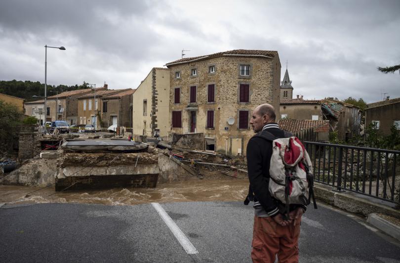 Властите обявиха тревога с код червено за югозападния френски департамент