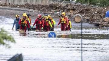 Южна Франция продължава да се бори с тежките наводнения