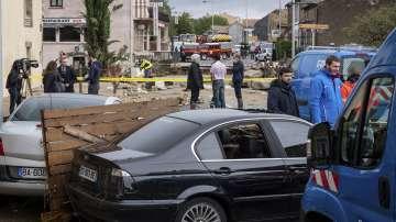 Расте броят на жертвите на наводненията в Южна Франция 