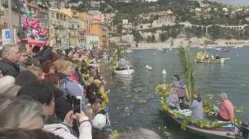 Морска битка с цветя във Франция