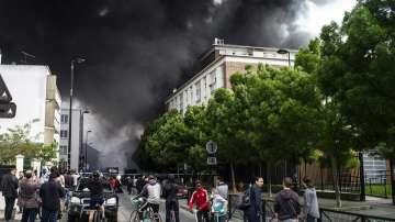 Един човек загина при пожар във Франция