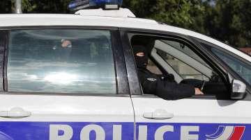 На 33-годишен мъж в Париж бяха повдигнати обвинения за осуетен атентат