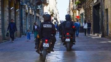Бум на самоубийства на френски полицаи
