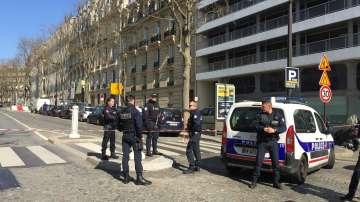 Гръцки адрес е бил написан на плика, който се взриви в офис на МВФ в Париж